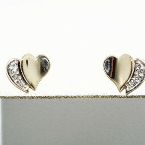עגילי זהב 10 קרט בשיבוץ 8 יהלומים 06. קרט ניקיון יהלומים: VS1 בעיצוב לב