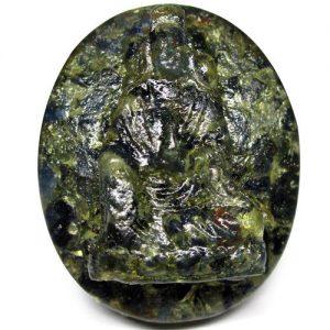 ספיר ירוק כחול אפריקה מפוסל בתבנית עיצוב: המלכה יין במשקל: 37.78 קרט