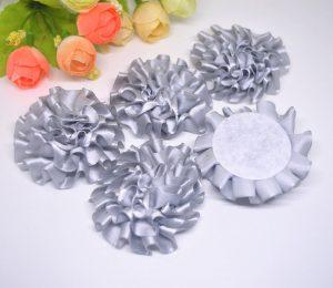 3 פרחים לקישוט אריזה - גוון אפור