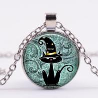 תליון ושרשרת מוכסף חתול שחור בכובע מכשפה גווני ירוק טורקיז