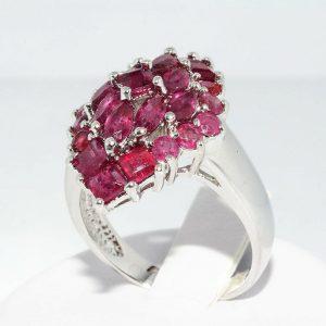 טבעת יוקרה כסף 925 בשיבוץ 25 רובי 3.5 קרט במידה: 7.25 \ 10.25