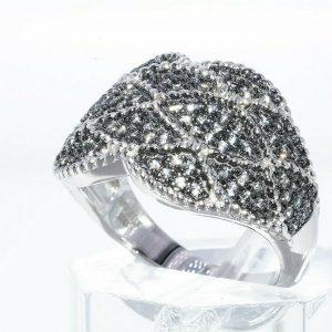 טבעת יוקרה כסף 925 בשיבוץ 108 אבני סמוקי קוורץ 1.25 קרט במידה: 8