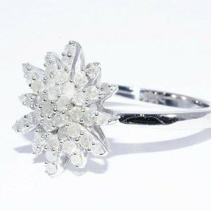 טבעת יוקרה כסף 925 בשיבוץ 43 יהלומים לבנים 80. קרט ניקיון יהלומים: I2 במידה: 7.25