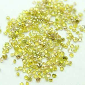 """50 יהלומים צהובים לשיבוץ ליטוש עגול בקוטר: 0.70 מ""""מ ניקיון: i1-i3"""