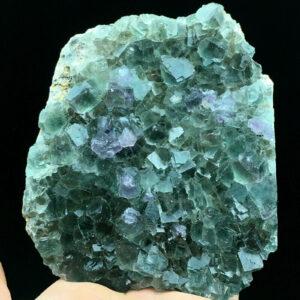 """מושבת פלואורייט ירוק במשקל: 407 גרם מידה: 100*88 מ""""מ"""