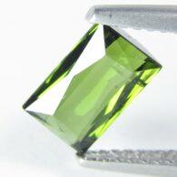 טורמלין ירוק מלוטש לשיבוץ - מוזמביק ניקיון: SI במשקל: 1.47 קרט