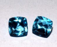 """זוג טופז כחול מלוטש לשיבוץ - ברזיל במשקל: 1.55 קרט מידה: 5*5 מ""""מ"""